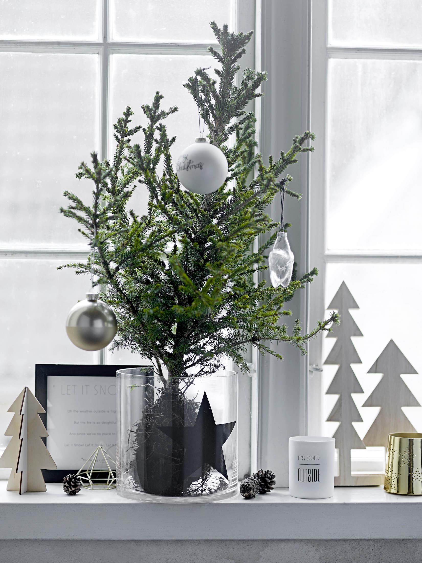 Bílá vánoční dekorace Foto: Design3000